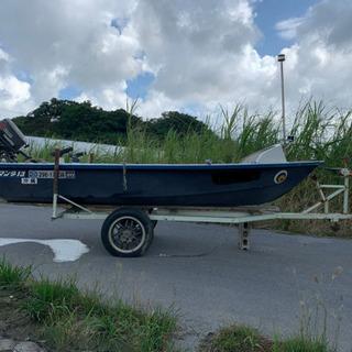 レジャーボート 船 船外機 釣り