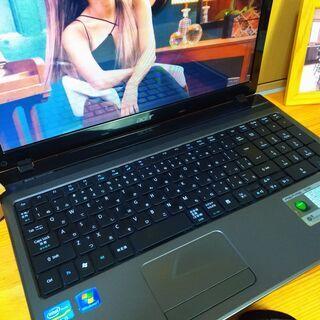 core5で大容量500Gの高性能Acer♪ 極美品! 最新Windows10 64Bit☆ 高級感のあるモダンブラック♪  メモリ4G テンキー内蔵  大画面15.6インチ   黒 高級感 マウス付き  ノートパソコン 無線LAN Wi-Fi対応 DVDドライブ - パソコン