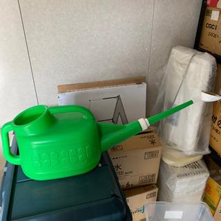 家庭菜園用 ジョーロ、蓄圧式噴霧器の画像