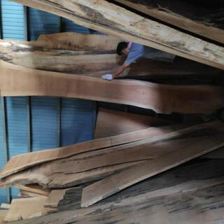 けやき 平板 木材 高さ約3.5m幅約30~40cm 厚み…
