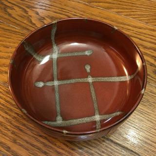 えんじ色の和皿
