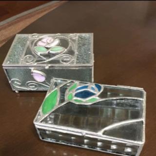 ガラス製アクセサリーケース二個セット【再お値下げしました】