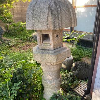 石灯籠、庭石を差し上げます。(引き取ってくださる方に)
