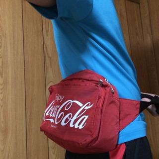 コカコーラのウエストバック