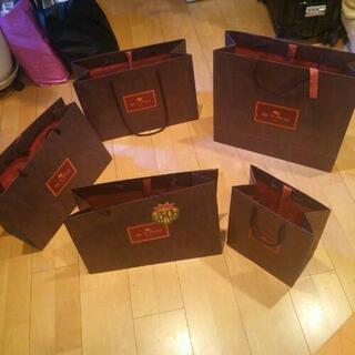 再値下げします。一括¥300。ETRO ショッピングバッグ