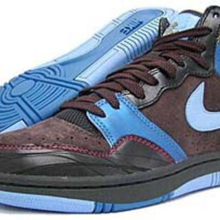 Nike COURT FORCE HI PREMIUM 27cm...