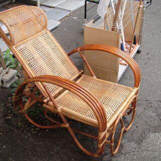 籐製 折りたたみチェア リクライニング式 足乗せ オットマン 籐椅子