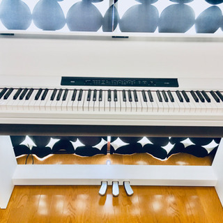 【お引き渡し終了】⭐️美品 電子ピアノKORG LP-350(2...