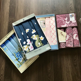 未使用品の座布団カバー5枚セットの4種類