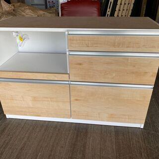 新品!食器棚の下台!天板を置けばカウンターで使えます!通常…