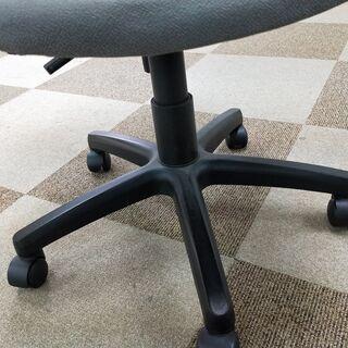 事務椅子 譲ります