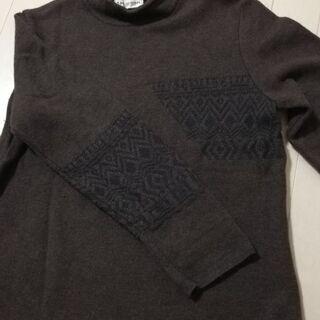 【秋冬】上質なブラウンのハイネックセーター1枚【美品】