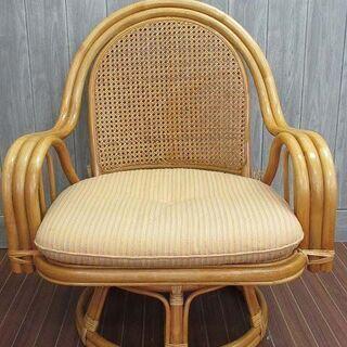 【ネット決済・配送可】ss0238 ラタン 肘掛け付椅子 回転 ...