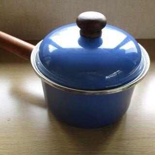 可愛くておしゃれ鍋 ブルー 約18cm
