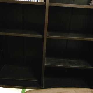 単行本200冊以上収納可能な本棚❗