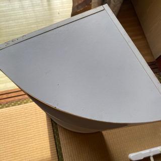 角に置くタイプのカラボ - 家具