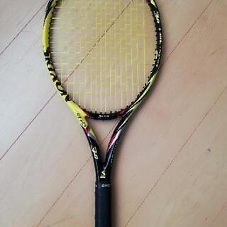 テニスラケット スリクソン レヴォ3.0