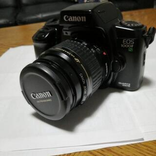 美品、Canonのフィルム一眼カメラ