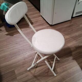 折りたたみ椅子(背もたれ有)