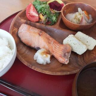 日替わりランチのMENU更新!無農薬野菜やハンドメイド作品も販売してます☆ − 北海道
