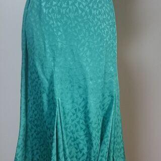 Liliane Burty  ロングスカート。a0015