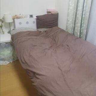 白収納付きシングルベッドフレーム