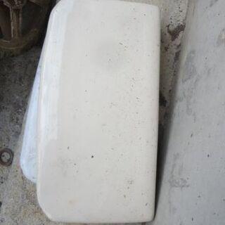 トイレタンクのふた サイズ横43×21センチ