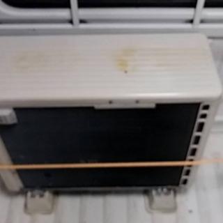 日立エアコン RAS-AJ28C ジャンク品 - 家具