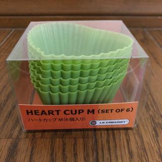 LeCruesetのシリコン製マフィンカップ