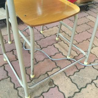 学校の机と椅子 10セットあります。 − 神奈川県