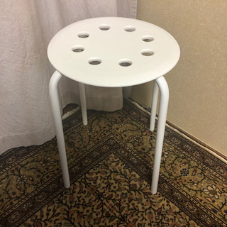 IKEA 丸椅子