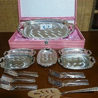 ケーキ皿、トレー、フォークセット