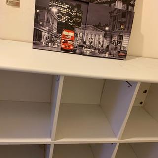 ロンドンの写真と棚2つとも差し上げます!