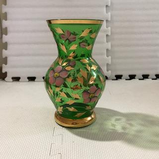 チェコ製の花瓶