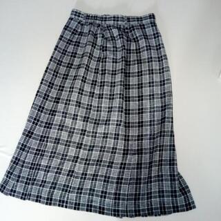 婦人用チェック柄スカート
