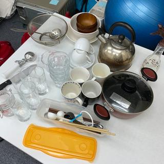 【ネット決済】食器セット(コップ、箸、鍋など)1101