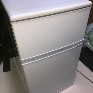 【2000円】引き取りのみ 2012年生冷蔵庫 外装傷、汚れアリの画像