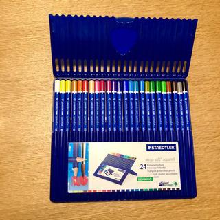 色彩色鉛筆24色 ミニスケッチブック2冊