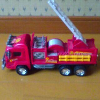 子供 おもちゃ はしご車