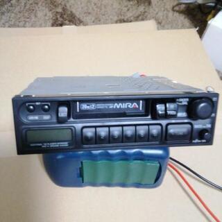 カセットテープのカーステレオ