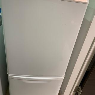 冷蔵庫 Panasonic NR-B147W