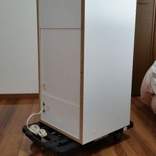 【新品未使用品☆半額以下】ホワイトカラーの二段ボックス☆キャスター付き