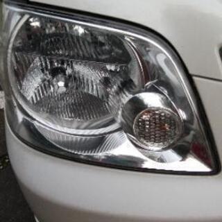 車のヘッドライトの黄ばみ・くすみを除去