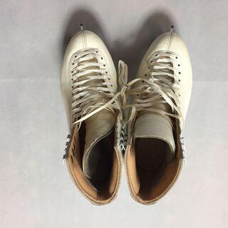 女性用スケート靴