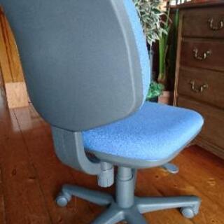 ナイキ事務椅子