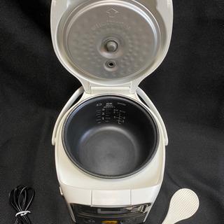 18年製❗️TIGER 炊飯器 3合炊き 煮込み機能付き JAI-R551 - 売ります・あげます