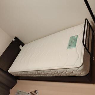 シングルベッド  フレーム付き
