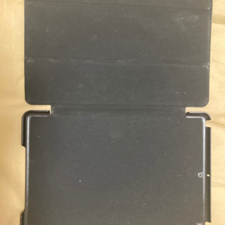 iPad 第7世代用カバー