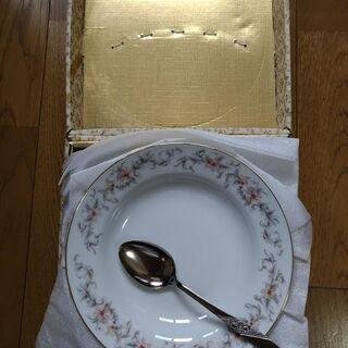 新品 カレー皿 5枚 スプーン5本付 金縁花柄 未使用 - 大阪市