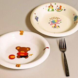 かわいらしい中皿